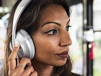 noise-cancelling-headphones