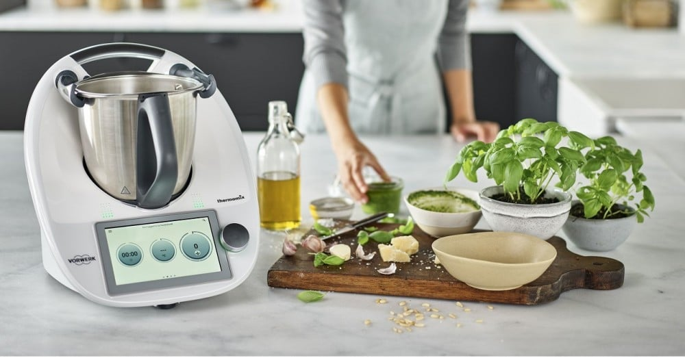 Kitchen Robot That You Can Use From Your Mobile Models And