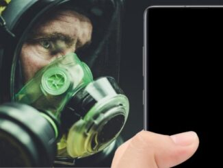 Disinfect the Mobile Phone from Viruses or Bacteria