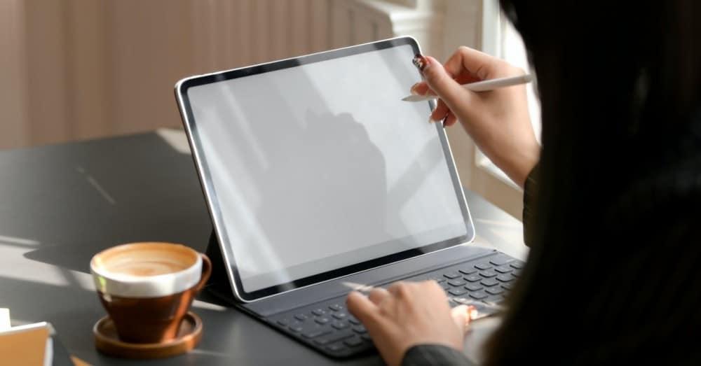 Cele mai bune accesorii pentru iPad Pro