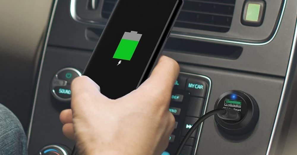 Best Smartphone Accessories Used in Cars