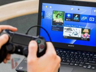 Play with a Console on a Laptop Screen