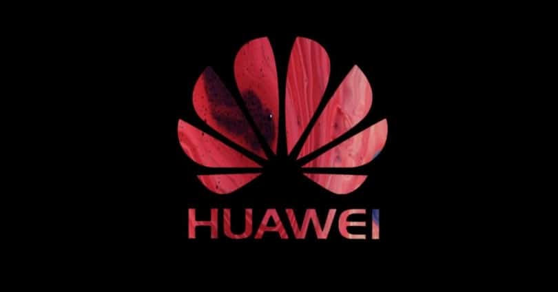 Huawei: Design of a Mobile with a Cross-shaped Rear Camera