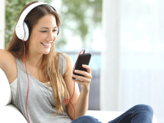 Listen to Music with Headphones on Mobiles without a 3.5mm Jack