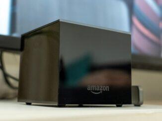 Anslut en webbkamera till Amazon Fire TV Cube