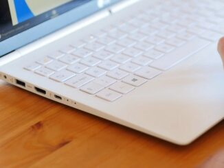 Laptops with Fingerprint Reader and Great Durability
