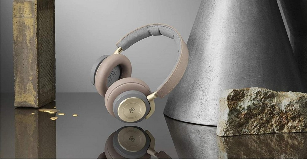 Best Gesture Control Over-ear Headphones 2021