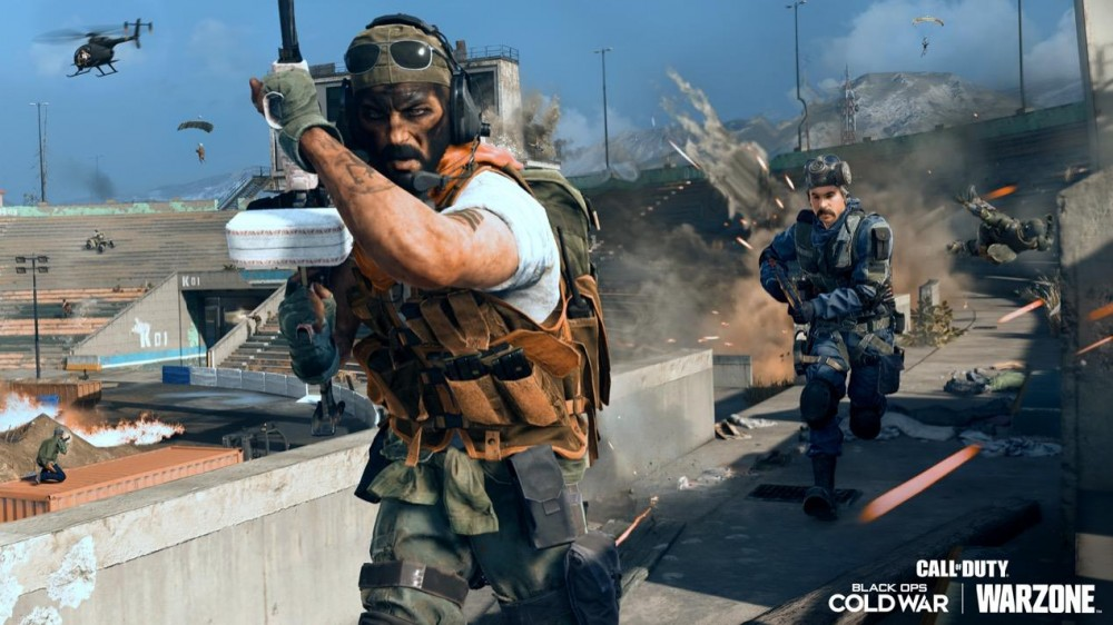 Call of Duty Warzone Cheater Gets Banned Live