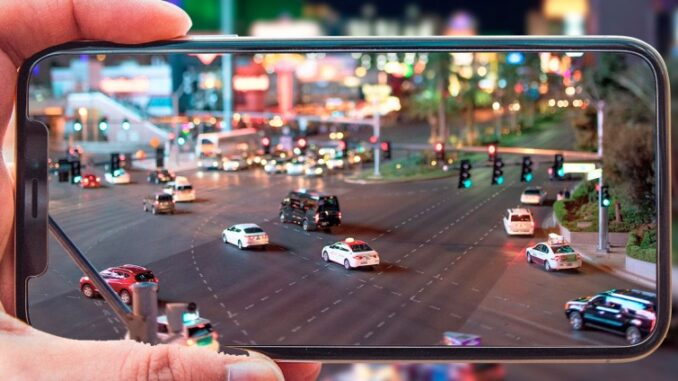 Take Tilt-Shift /Model-style Photos with Your Phone