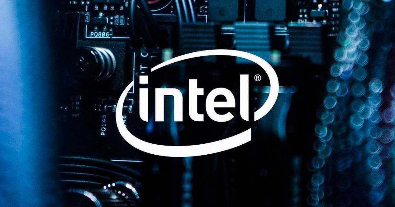 Apple ja Intel: M1-sirut vaarantavat Intel-prosessorit