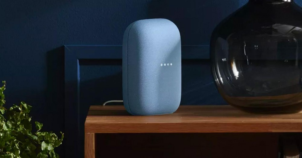 Adjust the Volume of a Smart Speaker According to the Time of Day