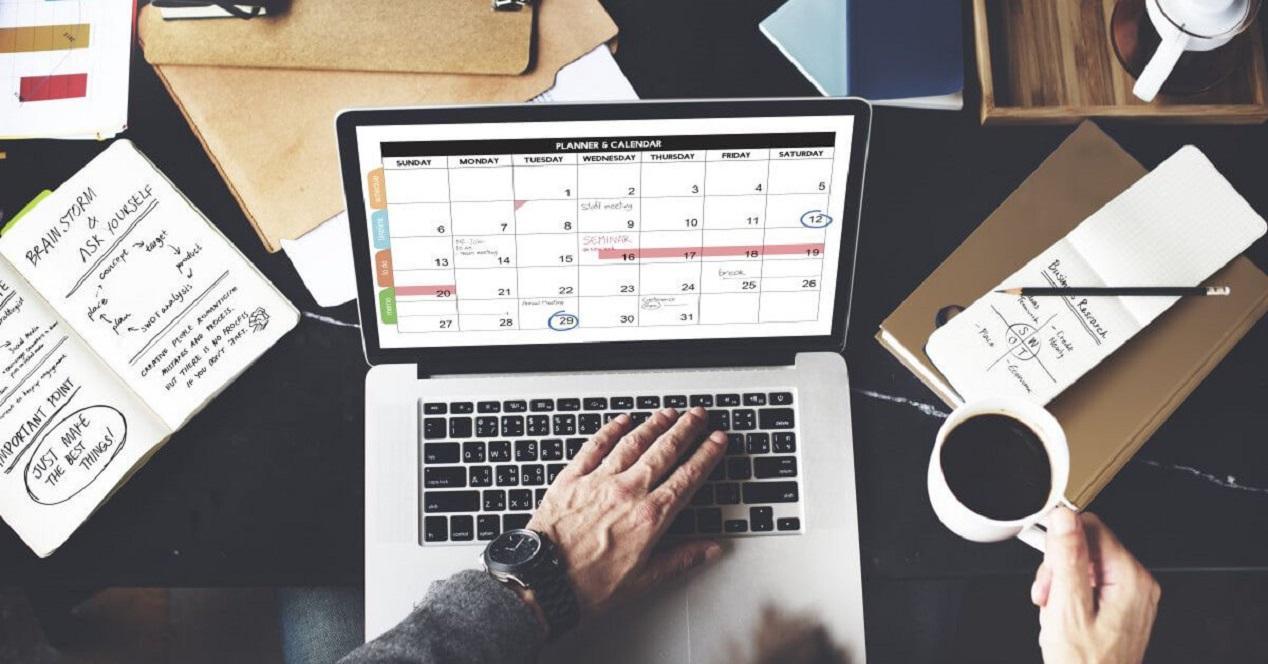 Kalenterisovellukset ovat käytettävissä Mac-tietokoneissa