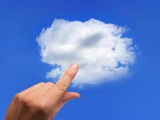 Pros and Cons of Using the Cloud or a USB Memory for Backups