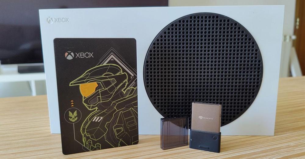 Stocare externă Xbox Series X și S: carduri, SSD și discuri | Tipuri și configurație