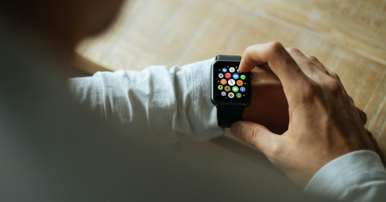 Write Messages from the Apple Watch, Is It Possible