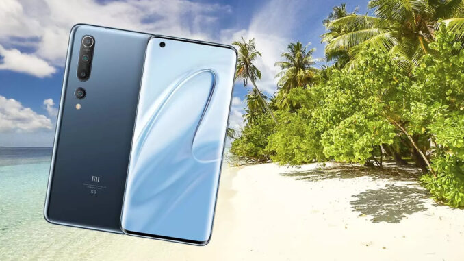 Mobile Screen on the Beach