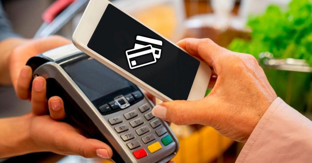 plătiți cu două carduri de credit cu același NFC